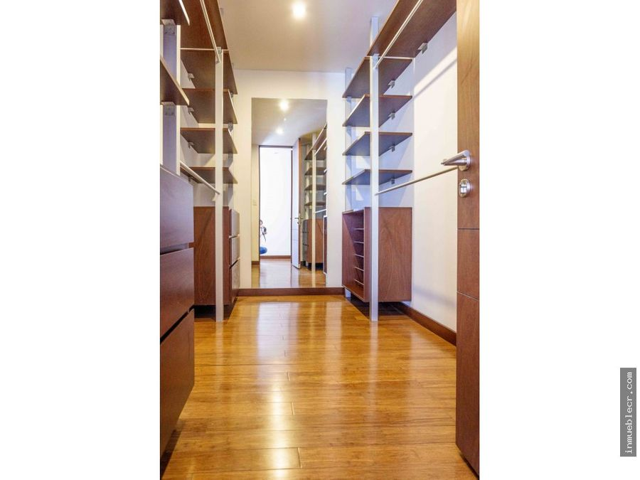 apartamento moderno y amplio