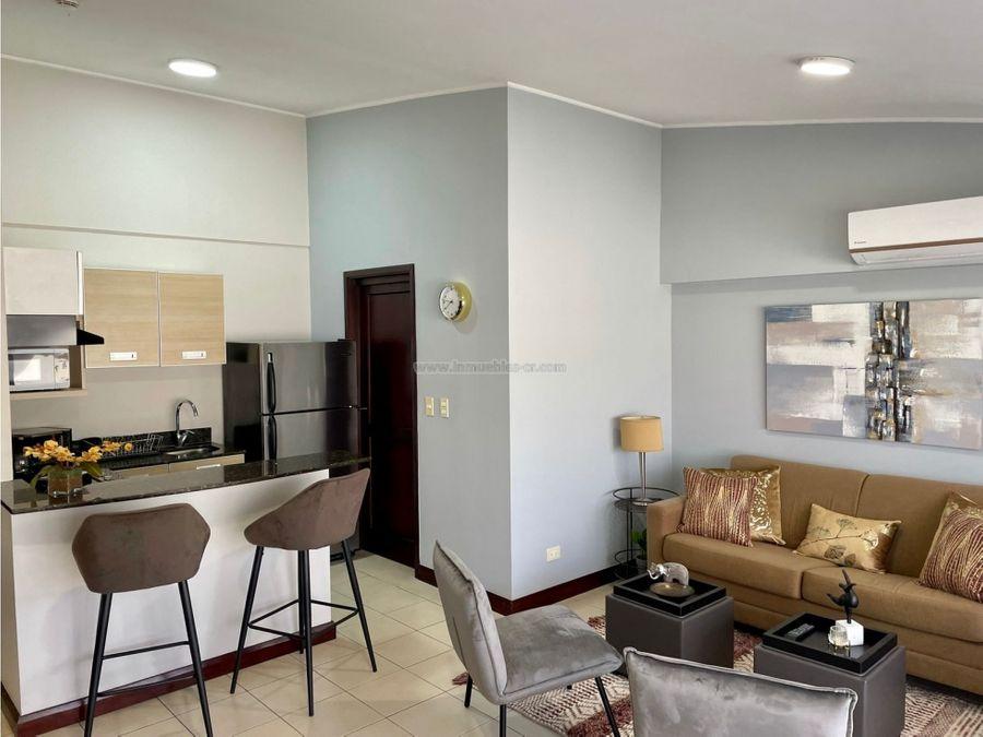 apartamento amueblado avalon santa ana 1 habitacion ac y 1 parqueo