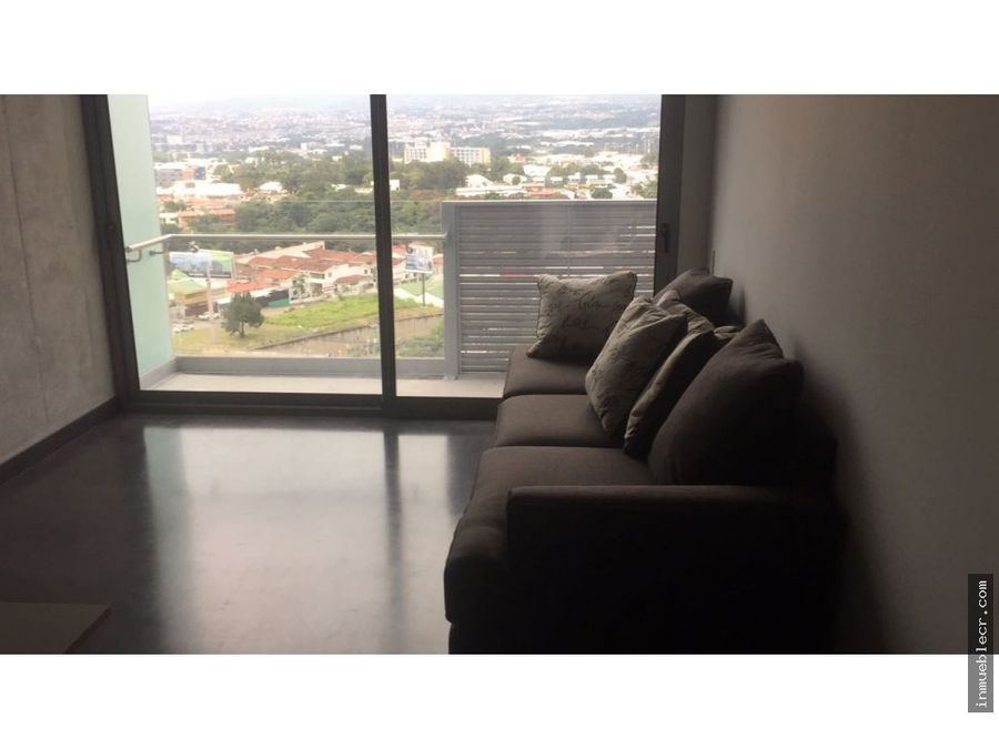 apartamento semiamueblado en qbo
