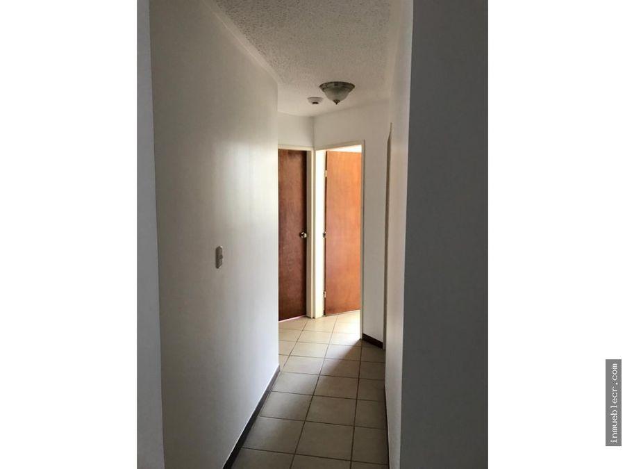 venta de comodo apartamento