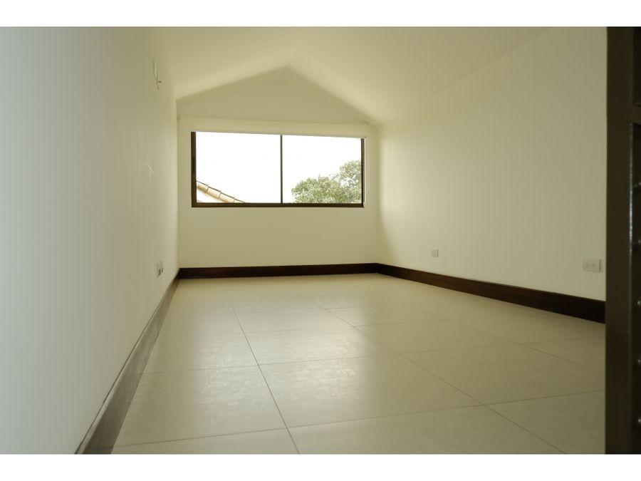 moderno condominio en guachipelin