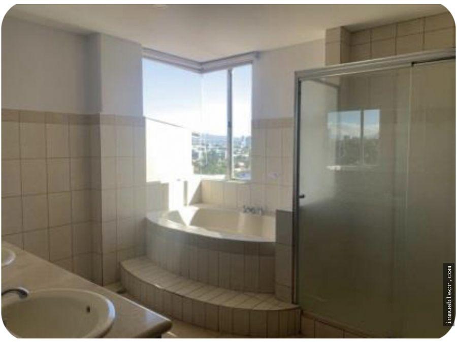 elegante apartamento con hermosa vista en escazu