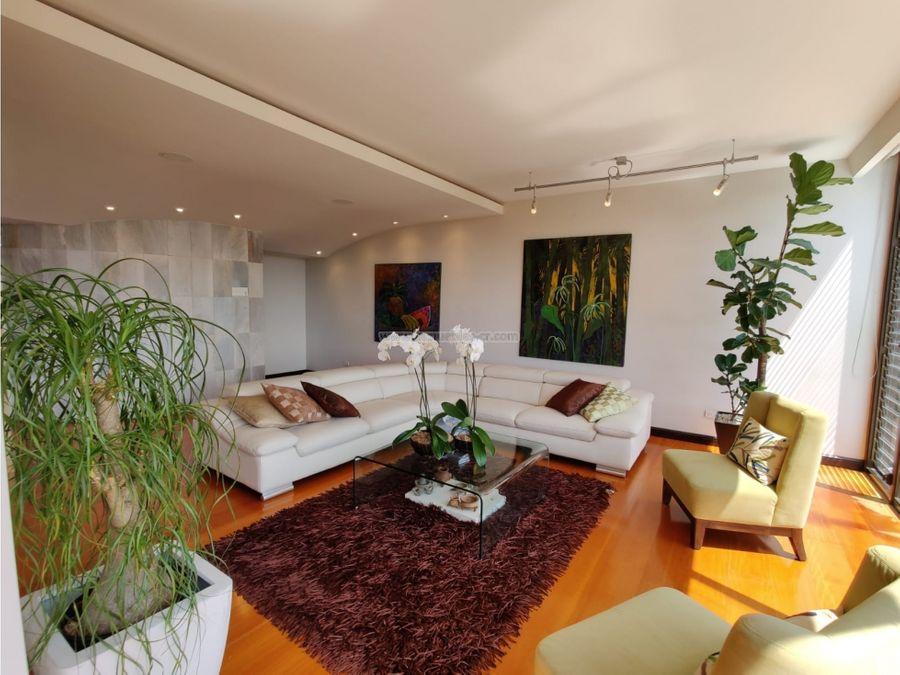 lujoso apartamento en tercer piso ubicado en jaboncillos de escazu