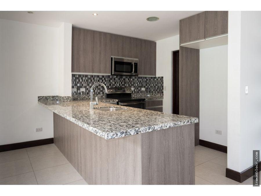 precioso condominio moderno en guachipelin