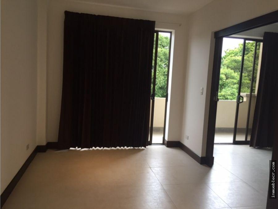 comodo apartamento con linea blanca