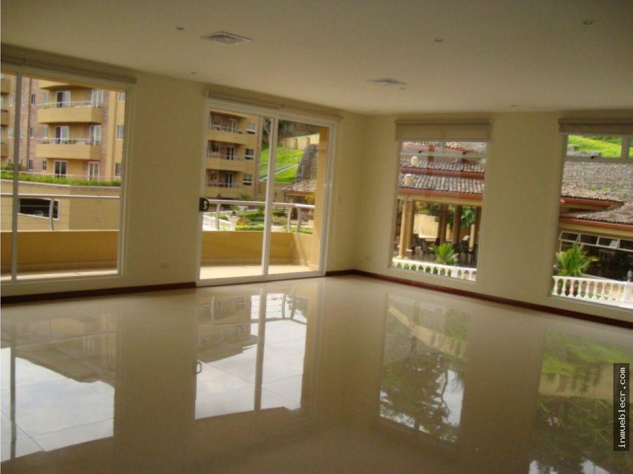 bello apartamento en alquiler con linea blanca