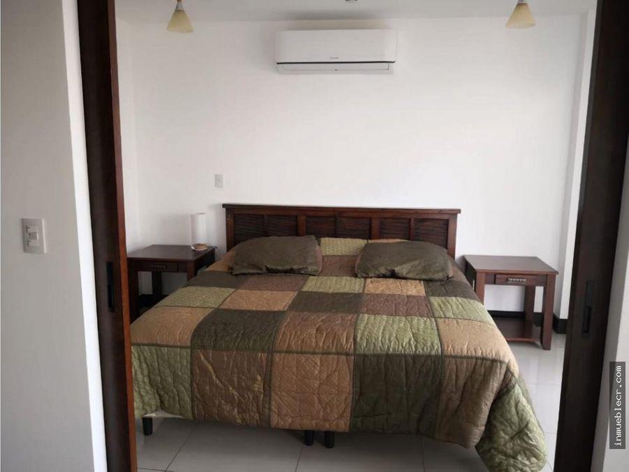 una habitacion 15 banos en montesol