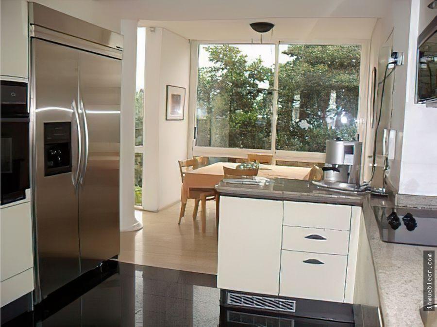 casa contemporanea en la urbanizacion miranda