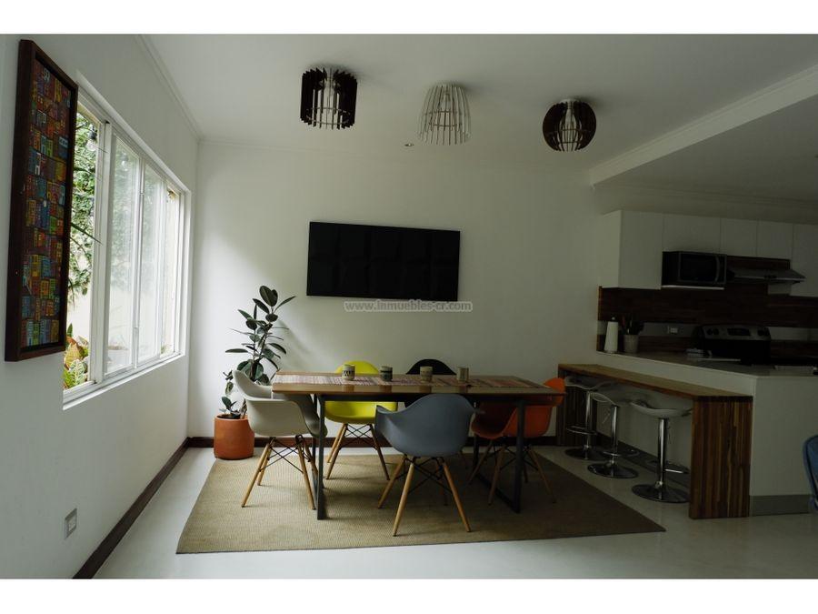 bella casa remodelada en venta en guachipelin