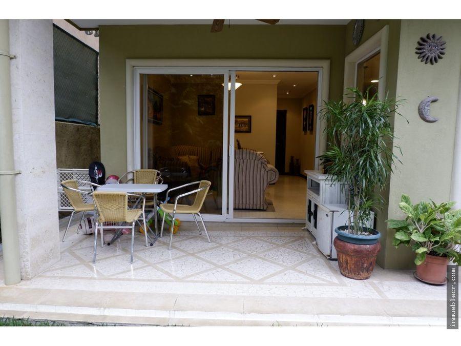 comoda casa en condominio familiar en venta