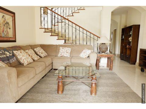 acogedora y comoda casa en alquiler en santa ana