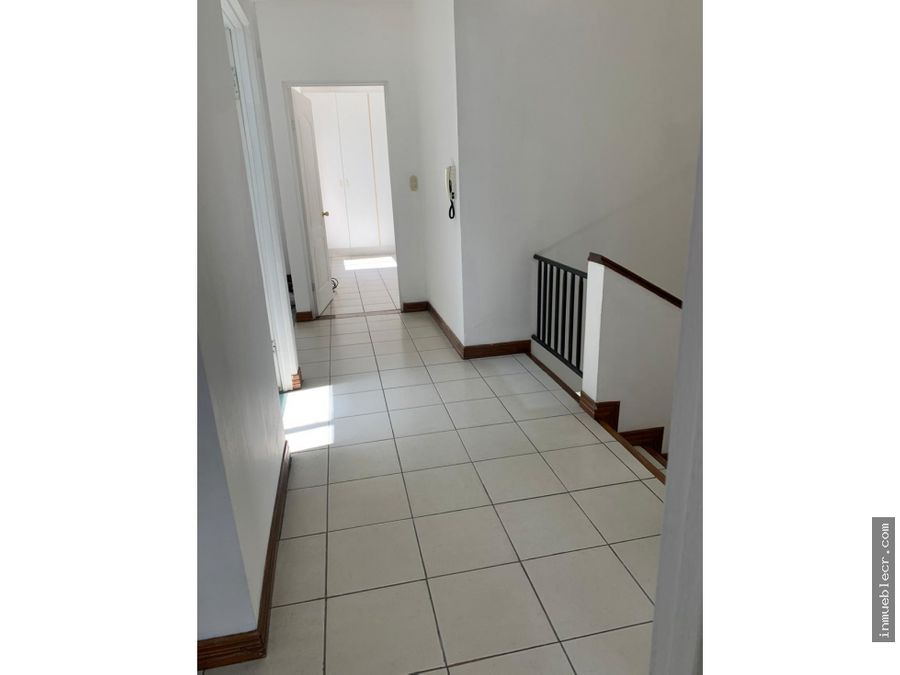 espectacular condominio en trejos montealegre