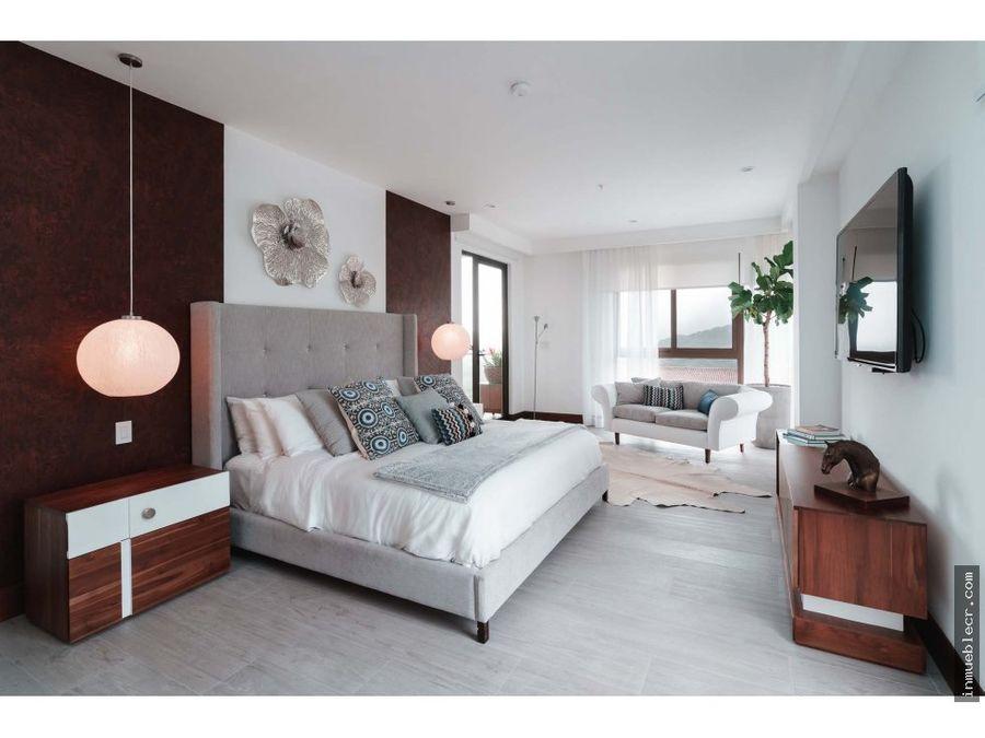 espectacular apartamento en lomas del valle