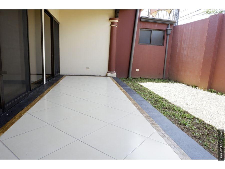 casa de un nivel en venta con excelente ubicacion