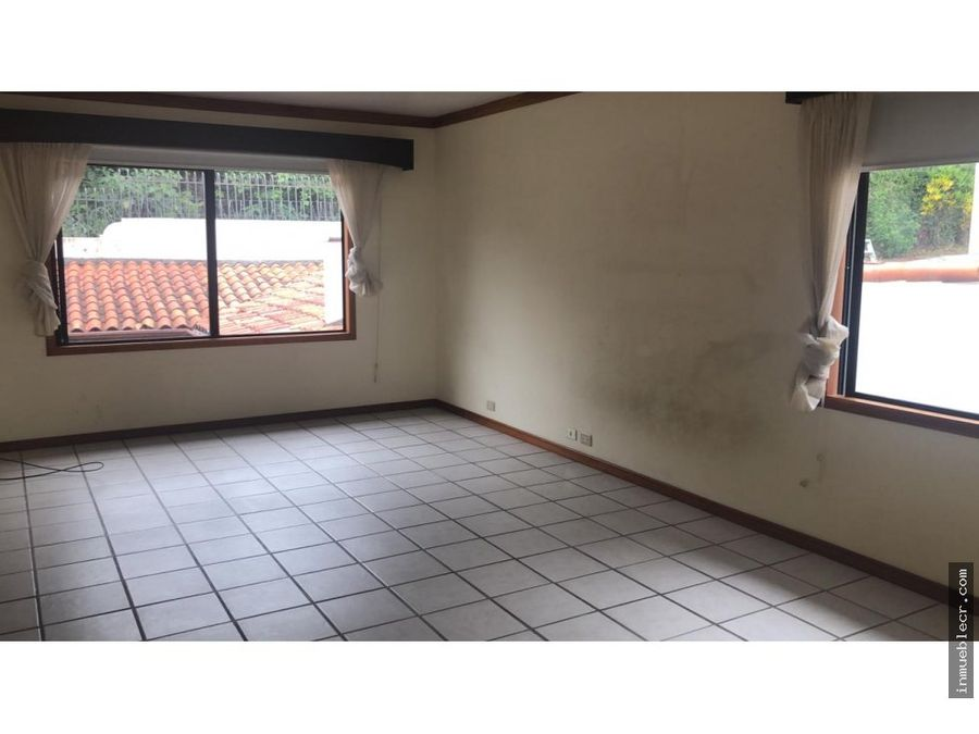amplia casa en venta y alquiler en escazu