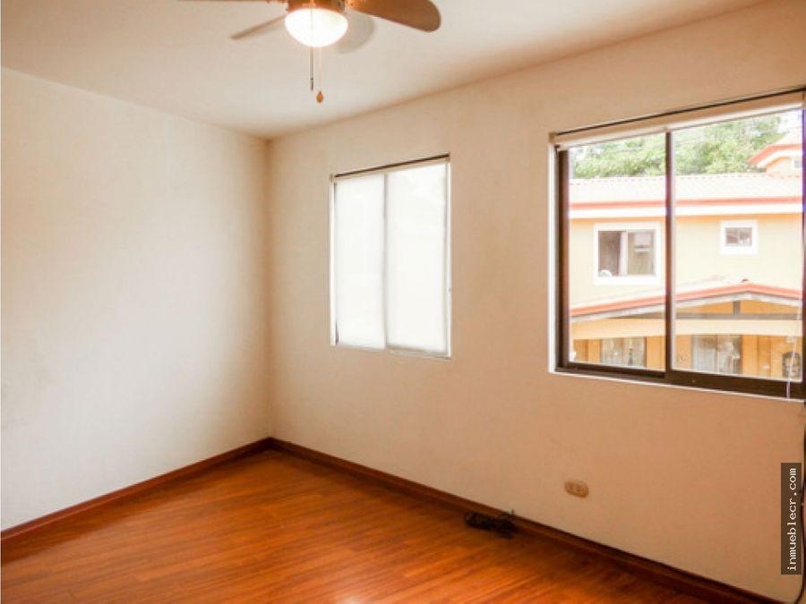 casa en condominio con apartamento