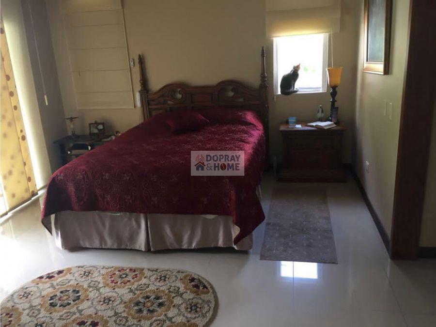 se vende hermosa casa campestre en conjunto cerrado en circasia