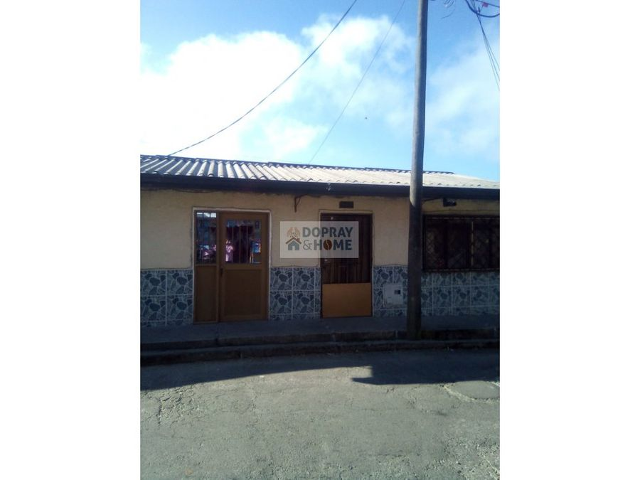 se vende casa en barrio simon bolivar