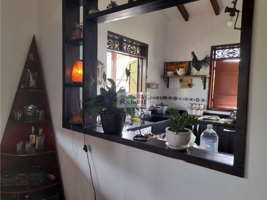 se vende casa campestre en conjunto cerrado en montenegro