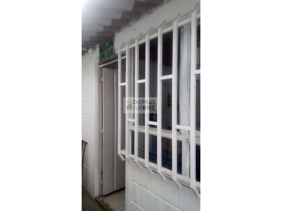 se vende casa barrio fundadores