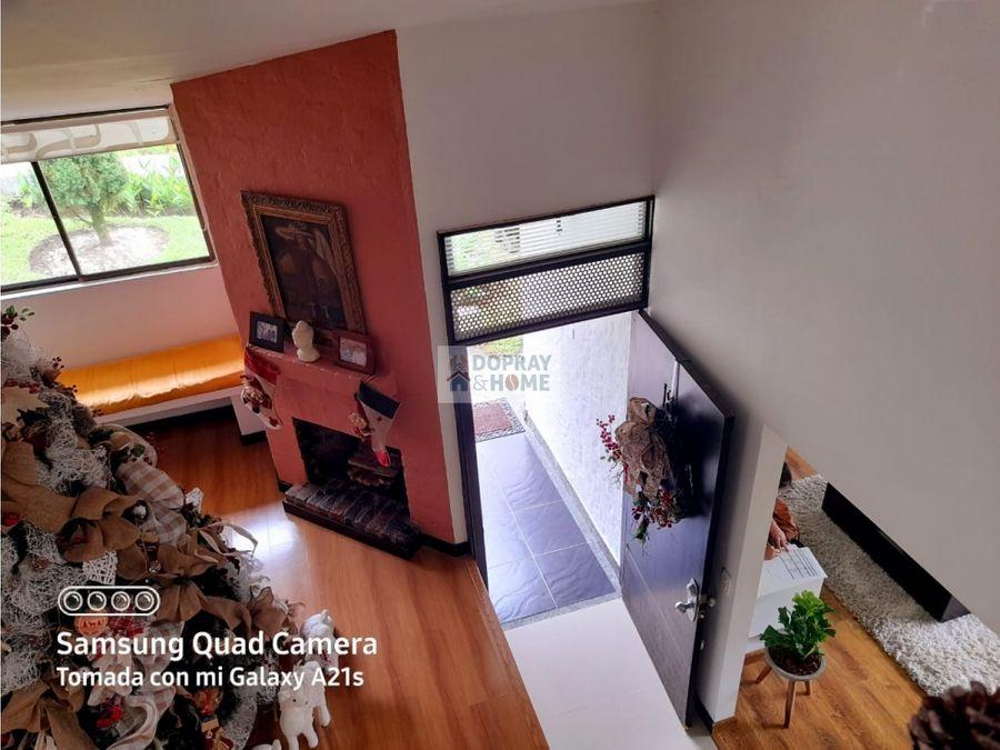 se vende hermosa casa campestre en circasia
