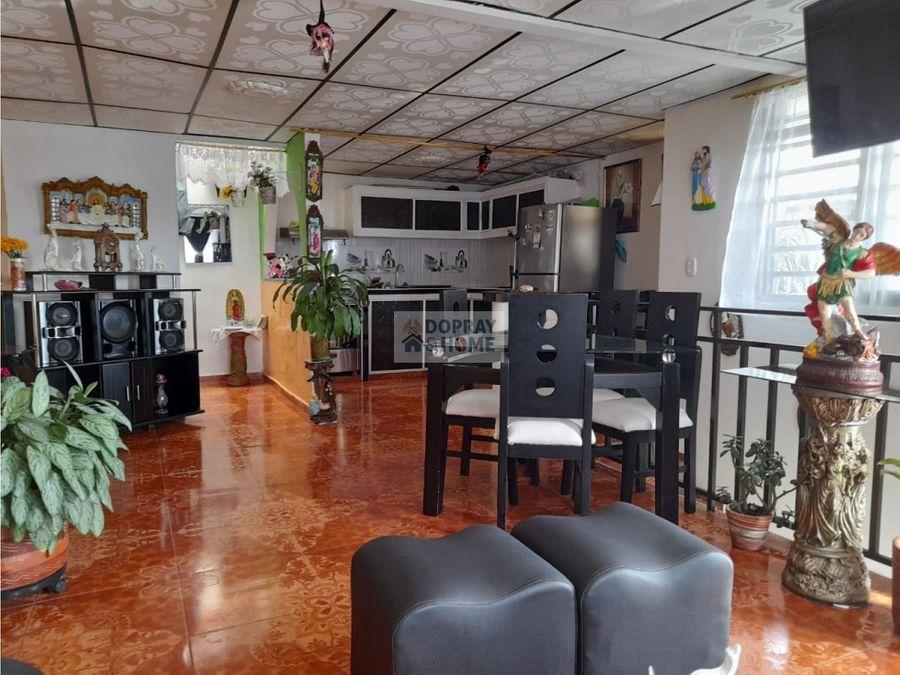 se vende casa en circasia en zona de alta valorizacion