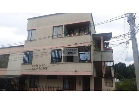 se vende apartamento en el barrio san jose de armenia