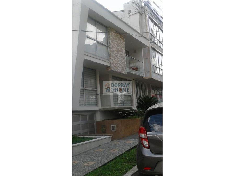 se vende espectacular casa en el norte de armenia