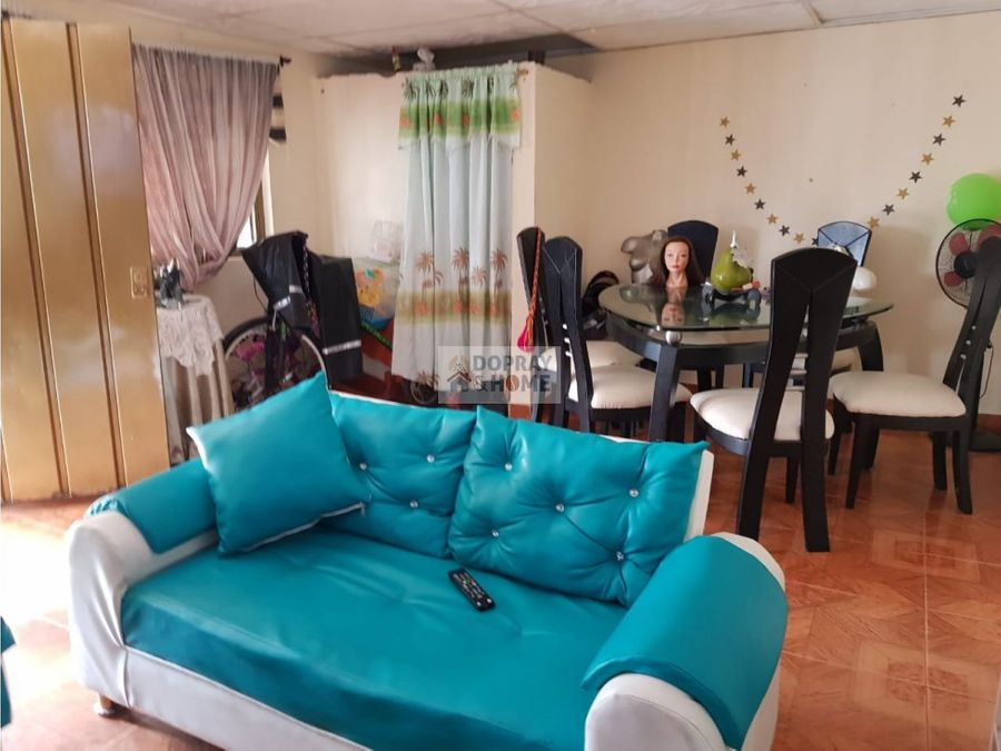 se vende casa en nuevo montevideo armenia