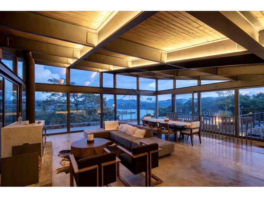 espectacular casa en venta valle de bravo