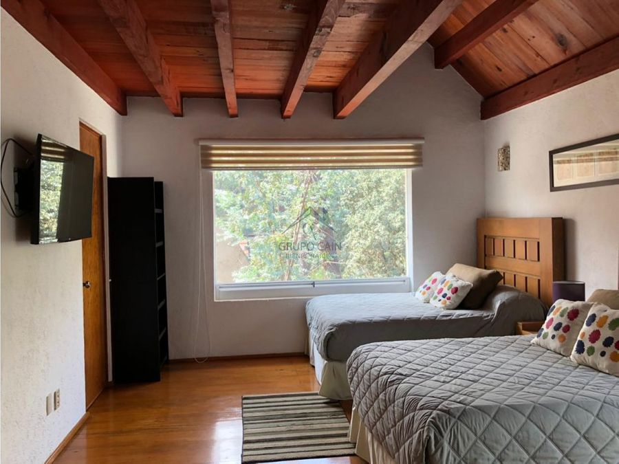 bonita casa en condominio avandaro