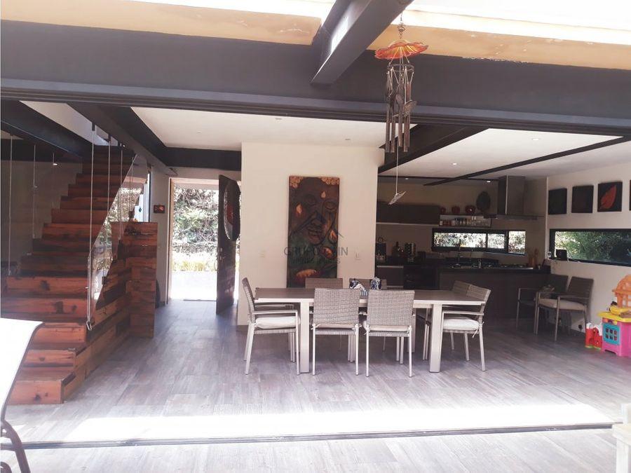 hermosa casa en venta avandaro