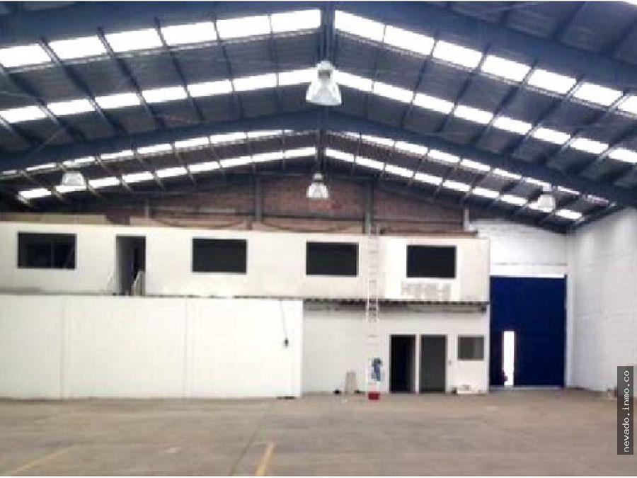 renta de bodega industrial de 2200 m2 en lerma