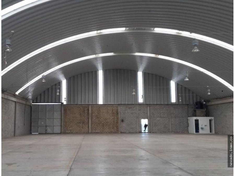 bodega industrial en renta toluca de 1500 m2