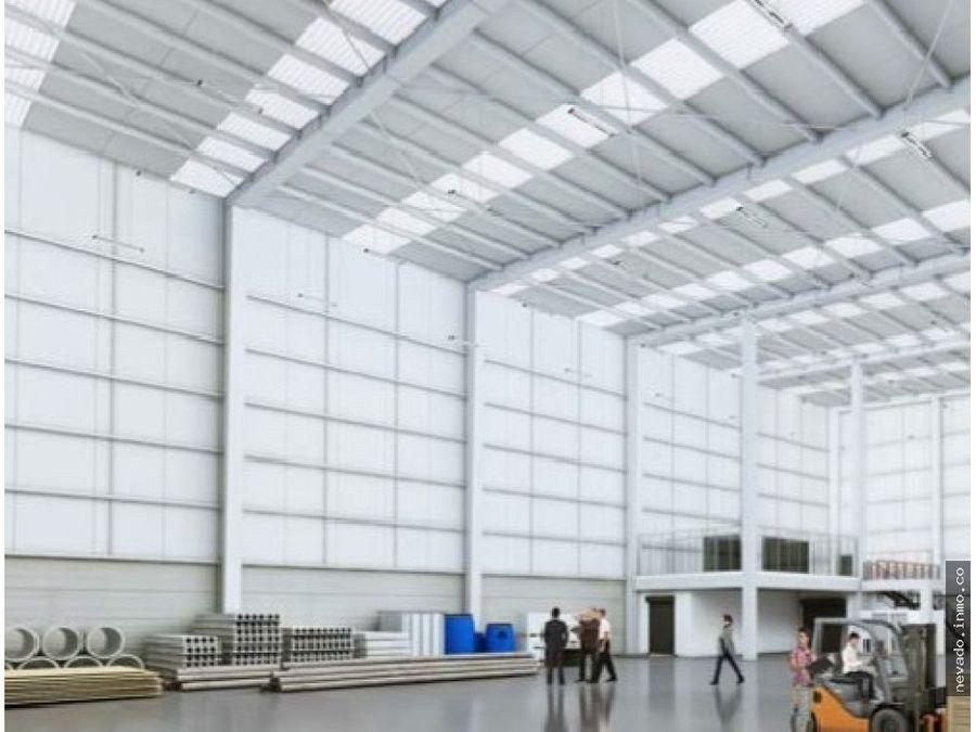 en renta bodega industrial en toluca de 11404 m2