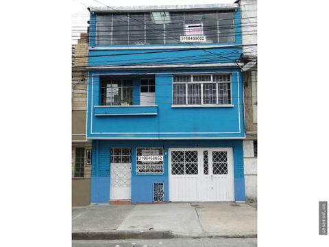vendo casa en el barrio 11 de noviembre