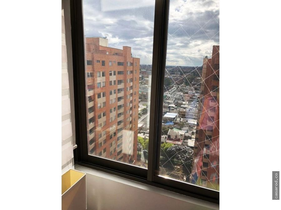 vendo penthouse en santa ana occidental
