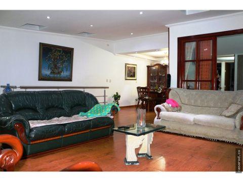 vendo casa comercial en castilla 690 mm