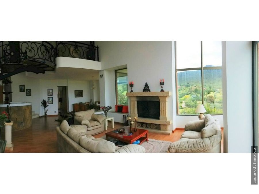 vendo hermosa propiedad en sindamanoy