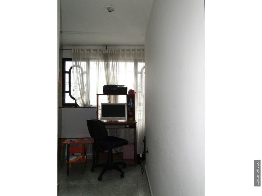 en venta casa en fontibon de 3 niveles
