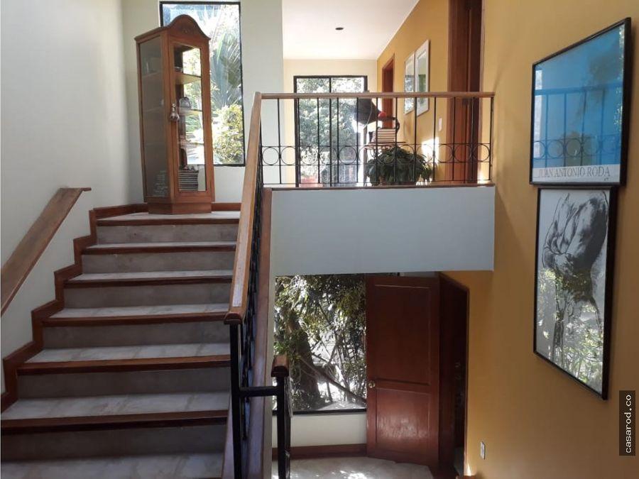 vendo hermosa casa en la conejera de 4 niveles