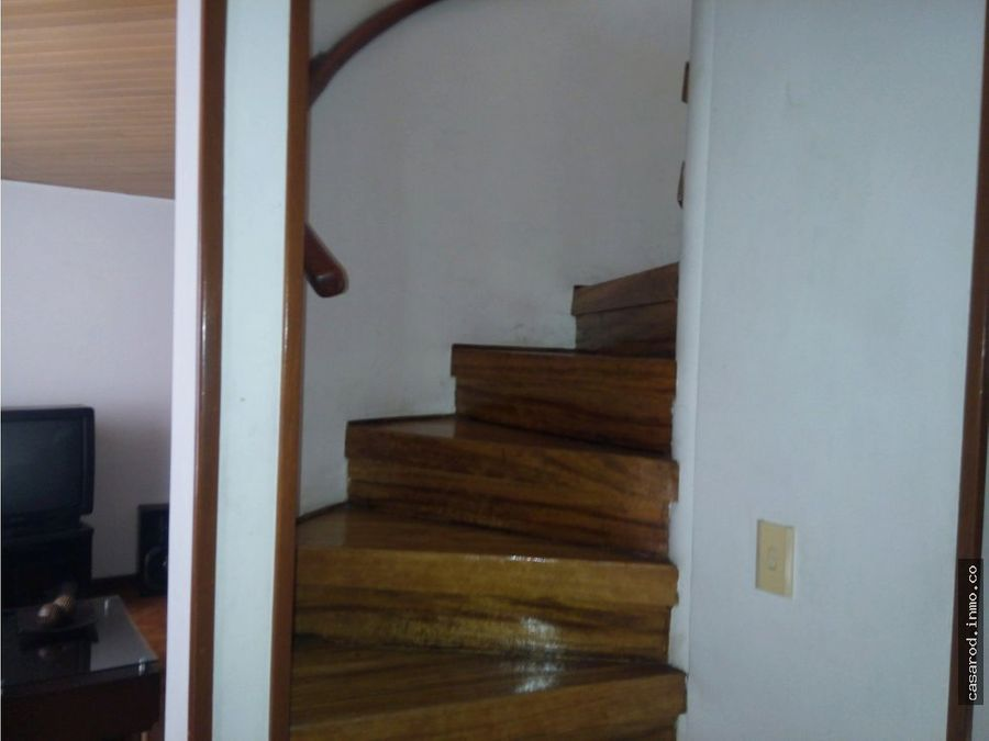 vendo casa cedritos en conjunto residencial