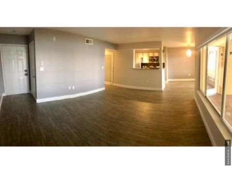 un moderno apartamento con muchas ventajas
