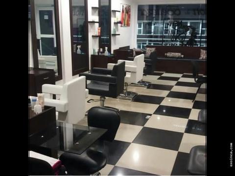 local acondicionado para peluqueria en venta en paraparal 45mts2