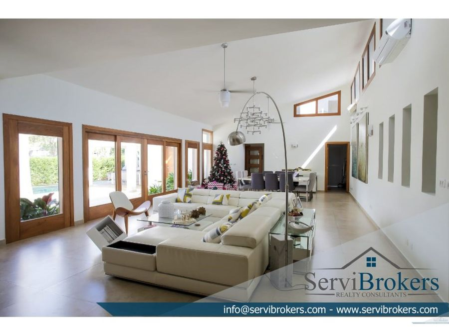 linda casa se vende sin muebles