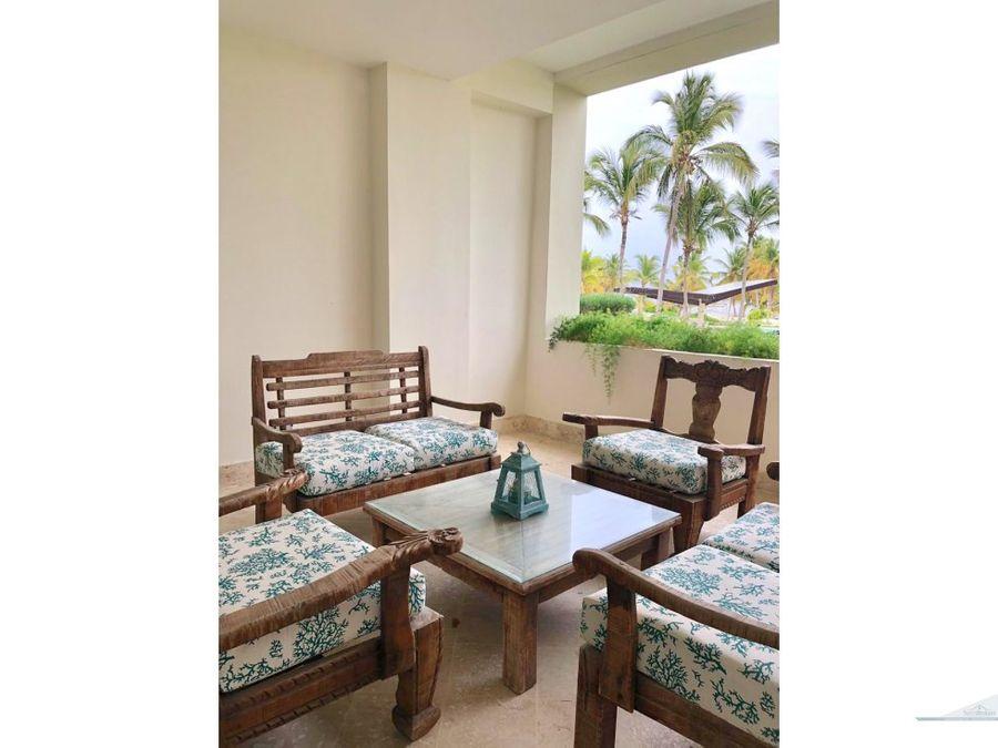 apartamento de 2 habitaciones frente a la playa