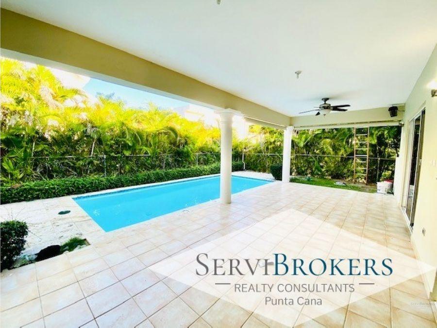 casa 3 habitaciones 4 banos con piscina