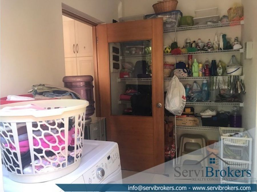 clasica villa 3 habitaciones 35 banos