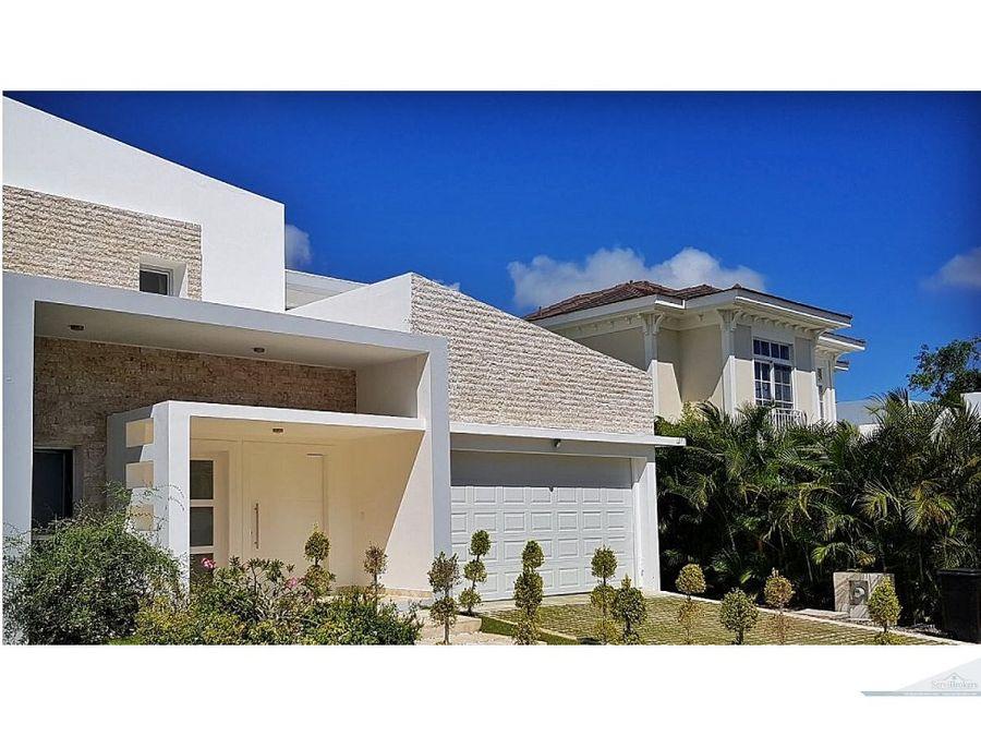 lujosa villa 4 habitaciones punta cana village