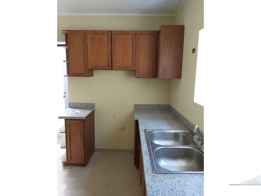 casa 3 habitaciones mas cuarto de servicio